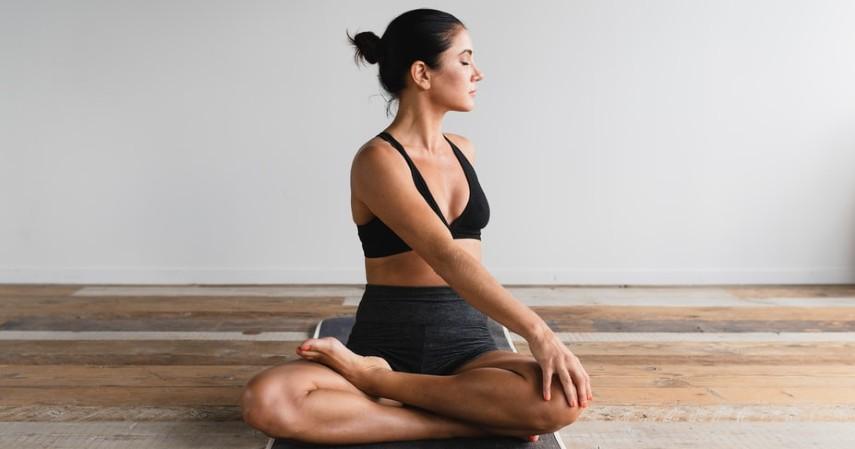 Olahraga yang Bisa Dilakukan Ibu Hamil - Yoga
