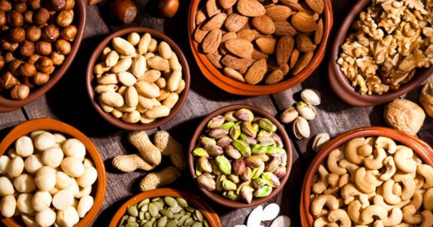 Cemilan sehat saat puasa - Kacang-kacangan