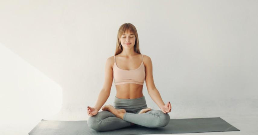 Olahraga apa yang bisa mempercepat haid - Yoga
