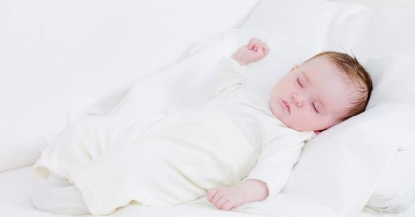 Tips agar balita tidur nyenyak di malam hari - Mengatur Jadwal Tidur Anak