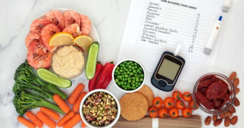 Tips puasa agar turun berat badan - Atur menu makanan