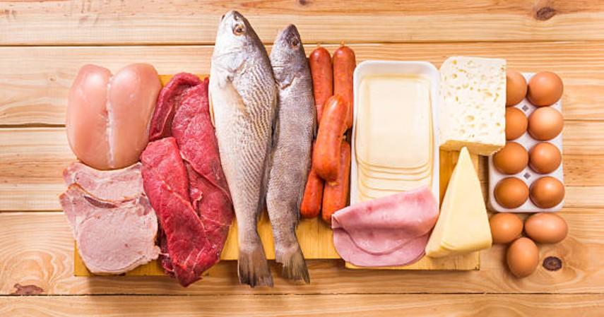Makanan ibu hamil - Daging, telur dan ikan