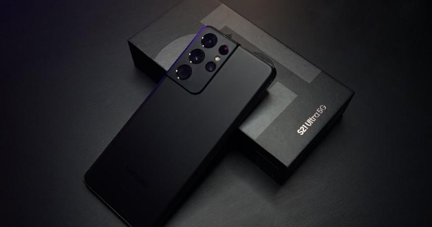 gadget untuk ngevlog - samsung galaxy s21
