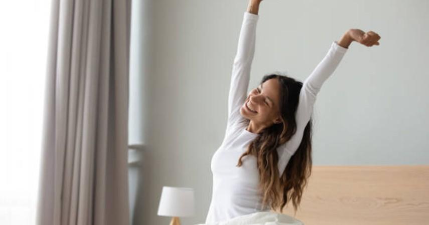 manfaat bangun pagi untuk kecantikan - mampu membakar kalori