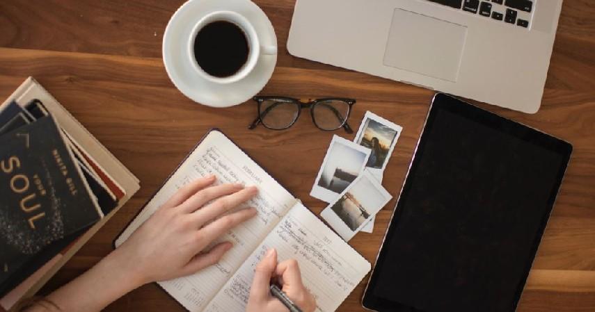 penulis artikel online - Fokus pada karir yang diinginkan