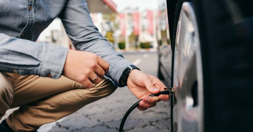 tips bepergian saat lebaran - mengecek kendaraan